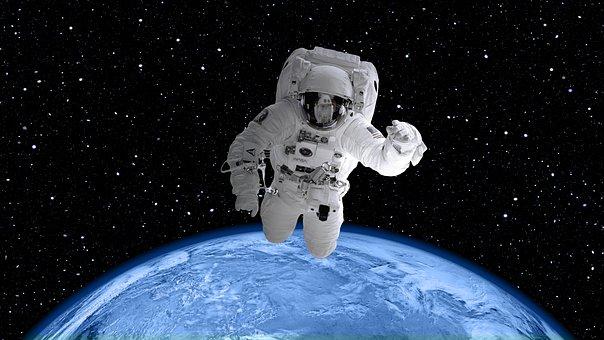 宇宙とアパレル